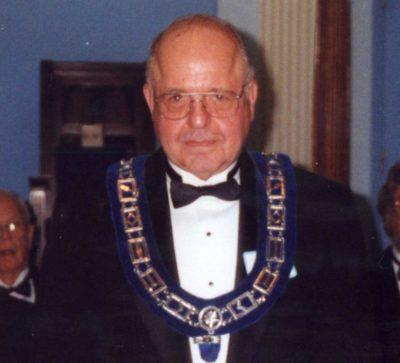 Ken Streater - Sr. Warden of St. James Lodge #47 2004